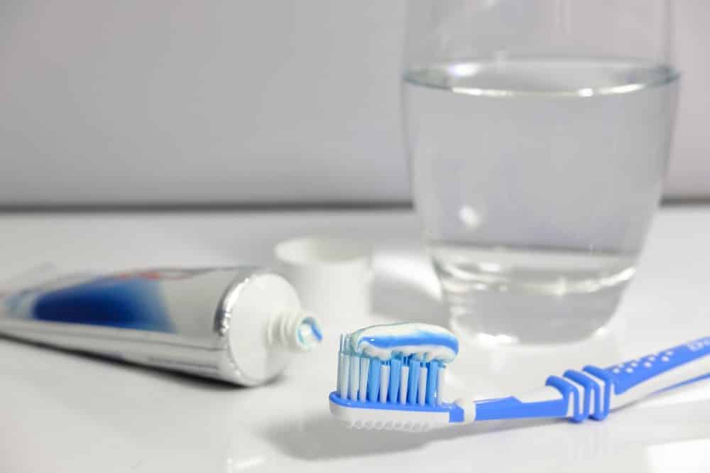 Полезное: Запрещенный триклозан и другие вредные добавки: вся правда о зубной пасте рис 2