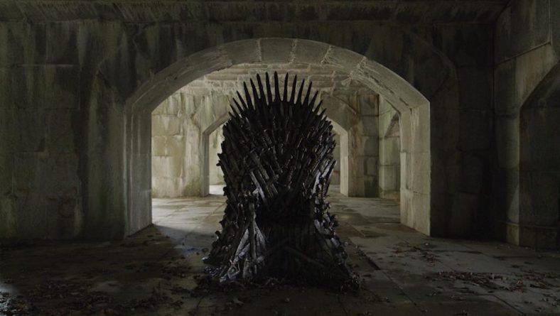 Локальные новости: В Куинсе нашли Железный Трон из «Игры престолов» — один из шести, спрятанных по всему миру