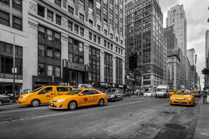 Локальные новости: У таксиста в Куинсе — положительный результат на коронавирус. В Нью-Йорке объявили чрезвычайное положение